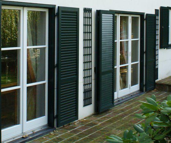 volet battant avec pr cadre abc stores s rl protection solaire. Black Bedroom Furniture Sets. Home Design Ideas